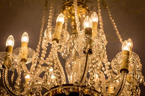 shanahans-chandelier