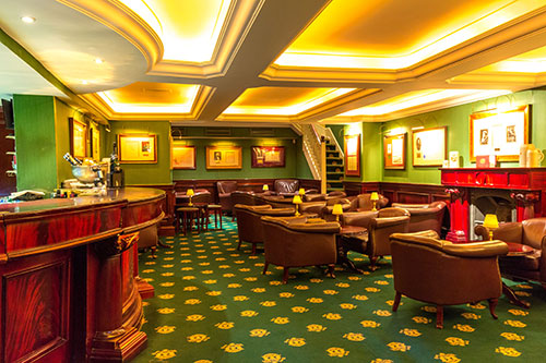 The Oval Office Bar | Shanahan's On The Green